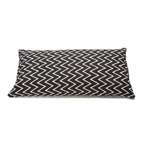 Ørskov Zigzag Tyynynpäällinen 30x60 cm Musta