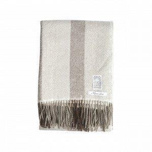 Beach House Fuzzy Blanket Viltti Ruskea 130x170 Cm