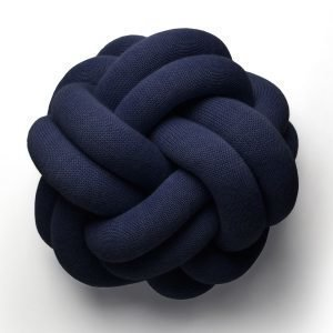 Design House Stockholm Knot Tyyny Merensininen
