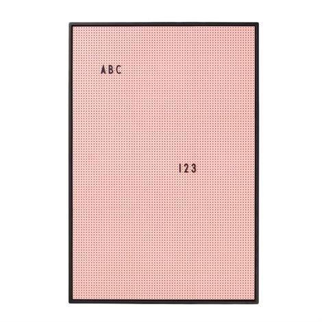 Design Letters Kirjaintaulu A2 Vaaleanpunainen