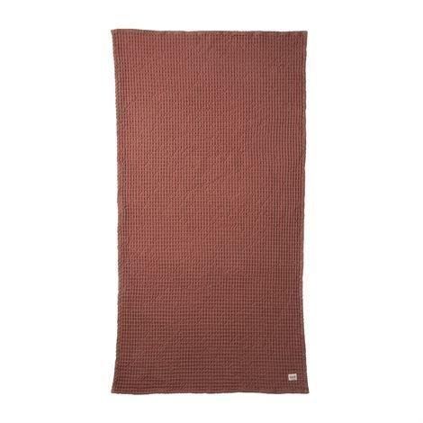 Ferm Living Luomupyyheliina Ruosteenpunainen 70x140 cm
