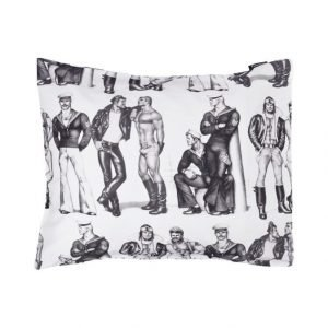 Finlayson Tom Of Finland Fellows Tyynyliina 55 X 65 cm