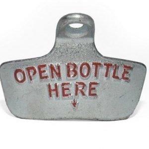 """Kyltti """"open bottle here"""" harmaa/punainen"""