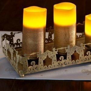 Kynttiläalusta Messinginvärinen