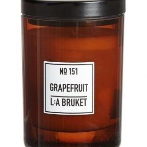 L:A Bruket No 151 Grapefruit Tuoksukynttilä
