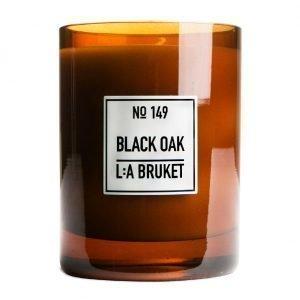 Lilla Bruket Tuoksukynttilä 260g Black Oak