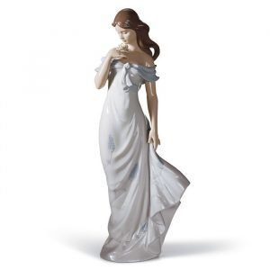 Lladro A Flower's Whisper