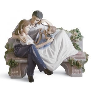 Lladro A Priceless Moment
