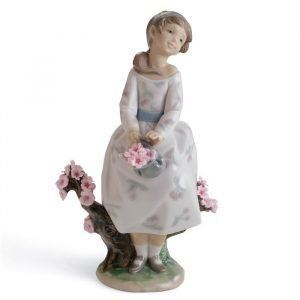 Lladro A Walk Through Blossoms
