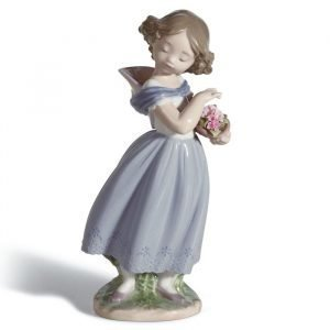 Lladro Adorable Innocence