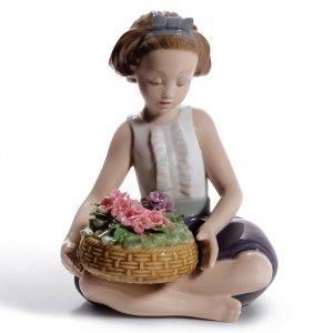 Lladro Arranging Flowers