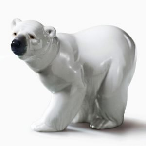 Lladro Attentive Polar Bear