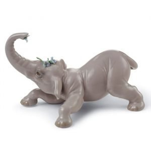 Lladro Baby Elephant With Blue Flower