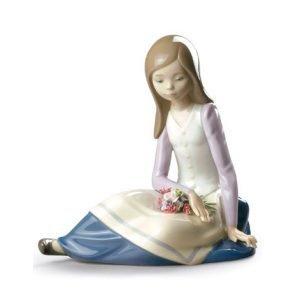 Lladro Contemplative Young Girl