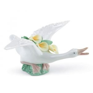 Lladro Flying Duck With Yellow Lillies