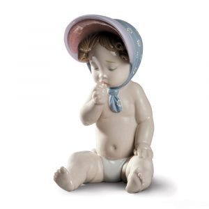 Lladro Girl With Bonnet