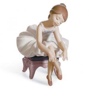 Lladro Little Ballerina I