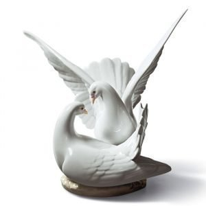 Lladro Love Nest