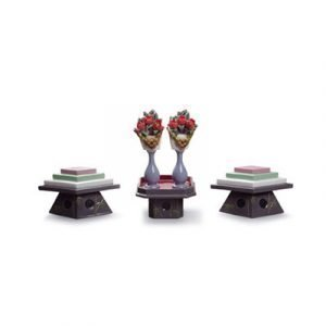 Lladro Tables For Sweets And Peach Flowers