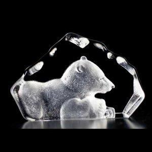 Målerås Glasbruk Wildlife Jääkarhun Pentu