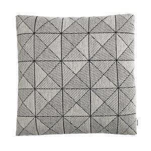 Muuto Tile Tyyny Musta / Valkoinen