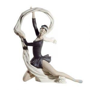Nao Dancer With Veil Special Edition 34 Cm