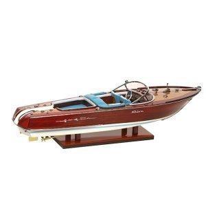Newport Riva Laiva
