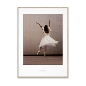 Paper Collective Essence Of Ballet 03 Juliste