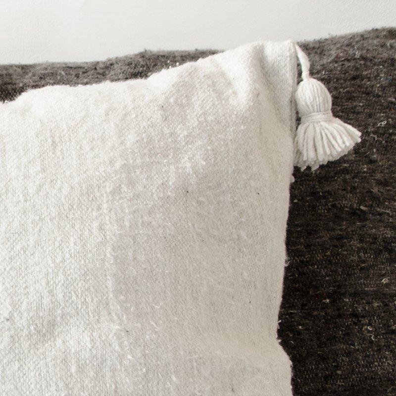 Valkoinen Pompom Tyynynpäällinen 60x60 Cm
