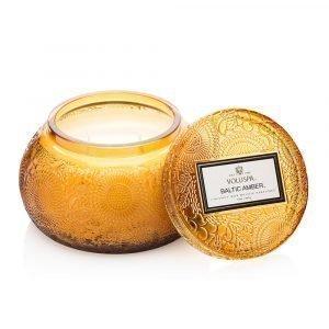 Voluspa Chawan Tuoksukynttilä Baltic Amber Ltd 100h