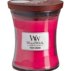 Woodwick First Crush Tuoksukynttilä 12 cm