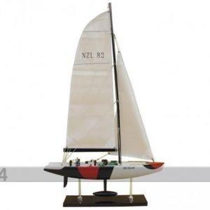 Wr Purjelaivan Pienoismalli America'S Cup Yacht